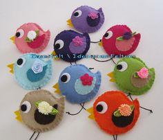 ♥♥♥ Adoro estes piu-pius .... by sweetfelt  ideias em feltro, via Flickr