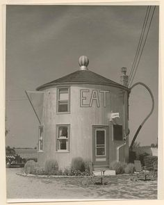 Coffee pot restaurant, Bremen Indiana, Built from a wooden silo. Demolished by the state to make way for the Bremen bypass. Cafe Bar, Coffee Shops, Indiana, Unusual Buildings, Abandoned Buildings, Make Way, Roadside Attractions, Le Corbusier, Coffee Break