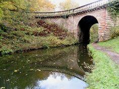 Stone bridge to Chillington Hall, Shropshire Union Canal, Brewood, Staffordshire. England.