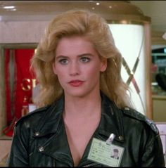 Mannequin On the Move Kristy Swanson, 80s Movies, Comedy Films, Buffy, No One Loves Me, Beautiful Actresses, First Love, Actors, Money