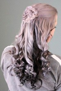 Braided heart half up for valentines day. So gorgeous with her lavender locks + no heat curls from Savvy Curls.