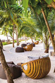 One of the most relaxing places to stay in the Maldives Dream Vacation Spots, Dream Vacations, Meeru Island Maldives, Amazing Gardens, Beautiful Gardens, Maldives Travel, The Maldives, Maldives Hotels, Places To Travel