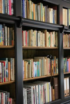 Engelse Bibliotheekkast van Massief Hout - Inndoors Meubelen en Interieur