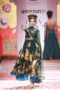 JJ Valaya | Vogue India | Cat:- Fashion Shows | Author : - Vogue Staff | Type:- Article | Publish Date:- 03-26-2015
