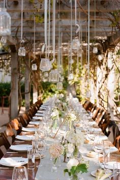 Love this rustic table setting