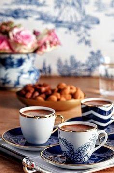 Coffee Girl, I Love Coffee, Hot Coffee, Good Morning Coffee, Coffee Break, Coffee Latte, Coffee Shop, Coffee Cards, Coffee Photography
