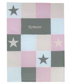 Couverture bébé patchwork thème poudre d'étoile avec prénom