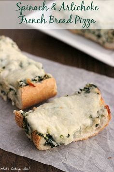 Spinach and Artichoke French Bread Pizza. An easy and delicious dinner that combines the tastes of spinach and artichoke dip and pizza. #dinner #pizza