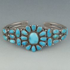 Silver Necklace With Bar Key: 7074775186 Turquoise Wedding Jewelry, Old Jewelry, Turquoise Jewelry, Turquoise Bracelet, Silver Jewelry, Vintage Jewelry, Southwest Jewelry, Southwestern Style, Santa Fe