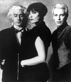 Siouxsie and the Banshees - That woman rawks big time.