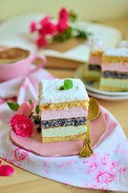 Piankowe ciasto z makowym biszkoptem Składniki biszkopt : ( blacha 24 cm x 36 cm ) 6 jajek, 1 szklanka mąki, 1/4...