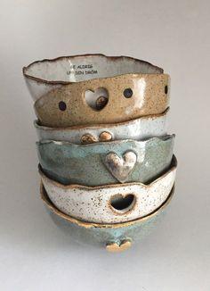 Animal Handmade Ceramic Bowls and PlatesAnimal Handmade Ceramic Bowls and Plates - Fubiz MediaAnimal Handmade Ceramic Bowls and PlatesAnimal Handmade Ceramic Bowls and Plates - Fubiz Mediamin ceramic InteriorDesign Ceramics Click now for information. Hand Built Pottery, Slab Pottery, Ceramic Pottery, Pottery Art, Ceramic Clay, Ceramic Plates, Keramik Design, Pottery Courses, Pottery Store