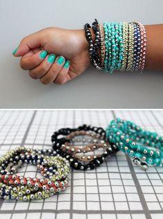 3 DIY bracelet tutorials to help you hack  trendy wrap bracelets. #diy #bracelet #bracelets #armband #wrapbracelet #wrapbracelets #wraparmband