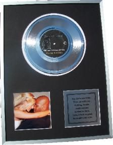 This personalised gold disc would make a wonderful Christmas gift for a newly wed couple or as a gift to your husband or wife. Just a beautiful, romantic and unique gift.
