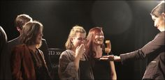 Serafyn ist die Basler Band der Stunde. Das Quintett eroberte mit feinen Klängen zuerst das Internet und dann die Herzen der Jury des Basler Pop-Preises. - 20 Minuten #Basel Basel, Internet, Pop, Concert, Popular, Pop Music, Concerts