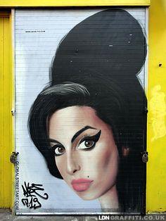 Akse - Street artist - London What's not to like about Amy? 3d Street Art, Street Art News, Amazing Street Art, Street Art Graffiti, Street Artists, Urban Graffiti, Graffiti Murals, Banksy, Illustrations