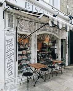 Biscuiteers Boutique and Icing Cafe Notting Hill