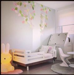 46 Awesome Stylish Girls Bedroom Ideas Kids and Teens Commence with picking stylish girls bedroom furniture and also create accessories into it to complete your living space decor. Girls Bedroom Furniture, Kids Bedroom, Bedroom Ideas, Deco Kids, Toddler Rooms, Toddler Girl, Little Girl Rooms, Kid Spaces, My New Room