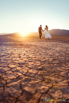 Why is Vegas one of the best places in the world to get married? Las Vegas is a gorgeous place to have all kinds of fun . Vegas Wedding Invitations, Vegas Wedding Venue, Las Vegas Weddings, Wedding Favors, Party Favors, Wedding Reception, Wedding Gifts, Wedding Venues, Tropicana Las Vegas