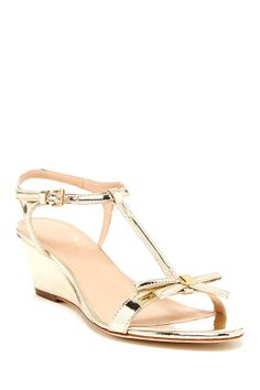Want California casual chic style in your life? HauteLook has you covered. Wedding Wedges, Wedding Shoes, Bow Sandals, Wedge Sandals, Fashion Shoes, Fashion Accessories, Gold Wedges, Prom Shoes, Casual Chic Style