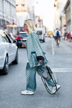 Easy Fashion Tips Calling It: These Will Be Fashion Month's Biggest Street Style Trends.Easy Fashion Tips Calling It: These Will Be Fashion Month's Biggest Street Style Trends Street Style Trends, Vogue Street Style, Look Street Style, Street Fashion, City Fashion, Spring Street Style, Fashion 2018, Street Chic, Street Style Women