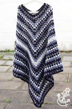 Beautiful Crochet Poncho Patterns That You Will Love e8744c3c3a