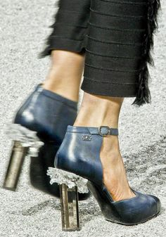 #chanel, exactly the trendy kind of shoes i would wear.