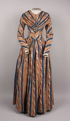 Dress, 1845-1848. from American Textile History Museum, 1996.24.31    Something that Charlotte Wallis (Tucker) Quiner Holbrook might have worn...
