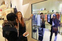 Boutique new yorkaise ultra connecté (cabine d'essayage connectée, miroir pour sélectionner produit, découvrir l'offre...)