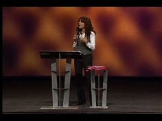6/7 Lisa Bevere - The Confident Woman Fights Like a Girl