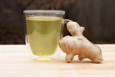 Super All Body Systems GO with Organic HomeMade Ginger Green tea:Take inch of fresh ginger root peeled & finely chopped OR teaspoon ground teaspoon of green ounces of fresh water-Raworganic honey Place green tea and ginger in a stra Organic Homemade, Green Tea For Weight Loss, Insomnia Remedies, Sleep Remedies, Thing 1, Lose Weight Naturally, Weight Loss Drinks, Natural Home Remedies, Healthy Drinks