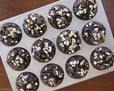 Healthy Chocolate Oatmeal Muffins Recipe - No Flour, Sugar Free, Oil Free Healthy Chocolate Oatmeal Muffins Recipe: Toasted oats replace flour, bananas & honey provide a bit of sweetness, cocoa & chocolate chips make them irresistibly chocolaty.
