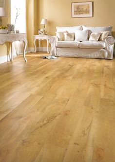 Karndean Van Gogh Auckland Oak VGW52T vinyl flooring has a classic honey oak finish with distinctive authentic knots for a classic and versatile oak floor.