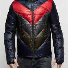 Moncler Capes oro