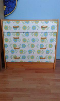 "CreAnka...: 'Vrij' op Vrijdag - Meubel-make-over - cabinet makeover with Lola adhesive foil ""Little Annie turquoise"""