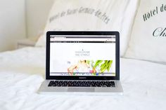 My Blogging Essentials - Shakespeare and Sparkle