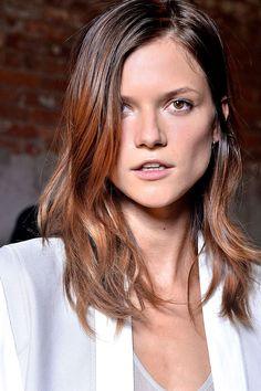 peinados melenas desenfadadas verano 2013 - Helmut Lang Vogue Mexico, photo Douglas Bassett