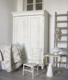 French armoire - brocante-charmante