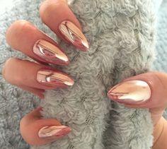Reflective Rose Gold - Cool-Girl Chrome Nail Inspo - Photos
