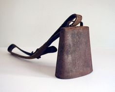 Vintage Rustic Dairy Cow Bell Leather Neck Collar Strap Primitive Farmhouse…