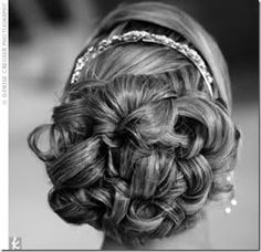 wedding up do Wedding Up Do, Hairdo Wedding, Wedding Hair And Makeup, Wedding Looks, Hair Makeup, Wedding Ideas, Wedding Stuff, Bridal Hairdo, Bridal Shoot