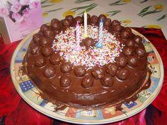 Csokis-kókuszos torta kölesgolyóval - Vivi 3. szülinapjára