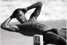 Roma – Esiste un modello di bellezza maschile di riferimento e a livello planetario? La risposta è 'sì', almeno per la rivista People. Un modello che, per questo 2015, ha anche un nome e risponde a quello di David Beckham. È l'ex calciatore l'uomo...