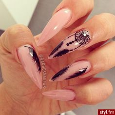 Fearless Stiletto Nail Art Designs - Fearless Stiletto Nail Art Designs, Stiletto nails are oval shaped nails that are more pointed - Sexy Nails, Love Nails, Style Nails, Color Nails, Long Nail Designs, Nail Art Designs, Gorgeous Nails, Pretty Nails, Feather Nail Art