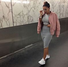 Image may contain: 1 person Chill Outfits, Summer Outfits, Casual Outfits, Cute Outfits, Pastel Fashion, Girl Fashion, Fashion Outfits, Style Fashion, Casual Chic