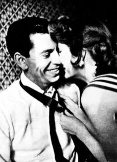 Julie London & husband Jack Webb at that smile! I've never seen him smile like that! How adorable! Julie London, Celebrity Couples, Celebrity Weddings, Tv Actors, Actors & Actresses, Old Hollywood Stars, Classic Hollywood, Robert Fuller Actor, Film Man