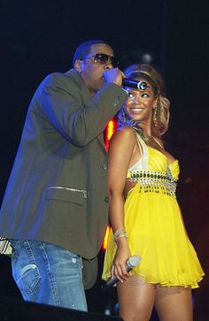 It's ALMOST Jay-Z and Beyonce's 5th wedding anniversary! See their cutest family pics here!