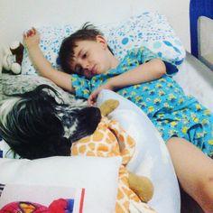 Tem alguém hoje querendo dormir com o Theo!!!! Acompanha lá no Snap toda a conversa!!! #materniarte #grupomamaesdesp #muitoamor #Marvin #cockerspaniel #4patas
