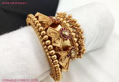 Plain Gold Bangles, Solid Gold Bangle, Gold Bangles Design, Gold Jhumka Earrings, Unique Earrings, Indian Wedding Jewelry, Indian Jewelry, Ankle Jewelry, Gold Jewelry