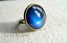 Electric blue glass ring